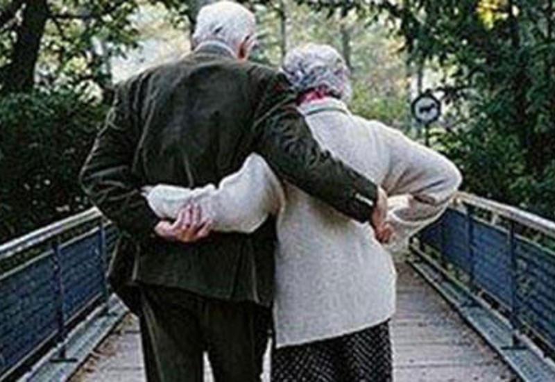 TƏBİB призывает людей старше 65 лет не выходить из дома