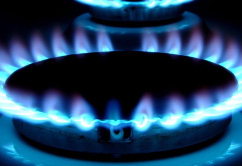 В Баку бабушка и внучка отравились угарным газом