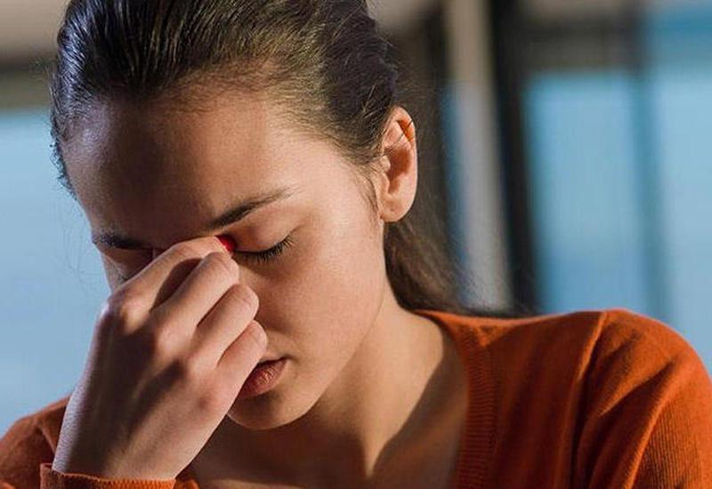 Ученые рассказали о связи последствий COVID-19 и хронической усталости