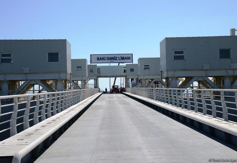 В итальянских СМИ широко обсуждается Бакинский морской порт