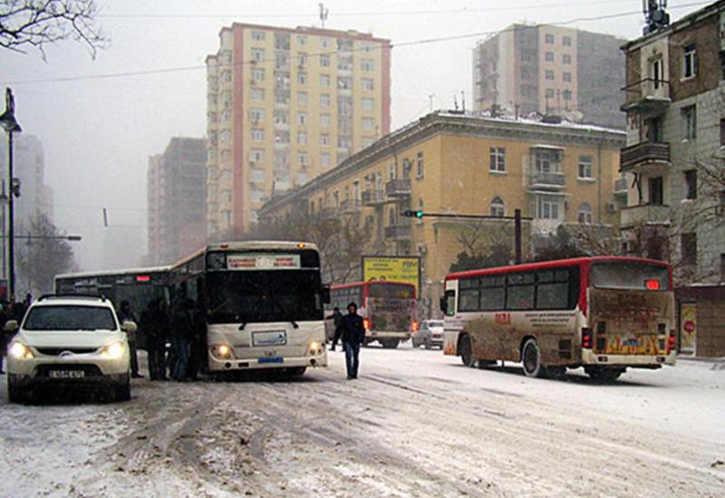 Представитель БТА о проблемах в движении автобусов в Баку