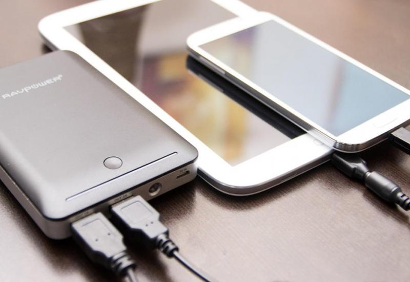 10 безумных изобретений для смартфонов