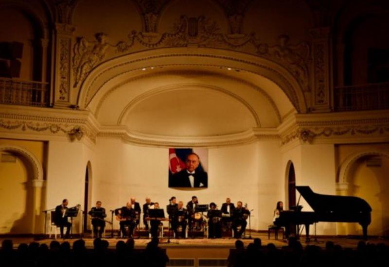 Великолепный концерт Айгюн Бейляр на сцене Филармонии