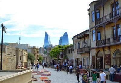 Замминистра сказал, сколько потратили приехавшие в Азербайджан туристы