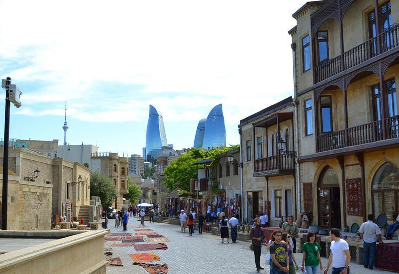 Минкультуры о том, сколько туристов посетили Азербайджан с начала года
