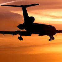Казахастанский самолет экстренно сел в Баку