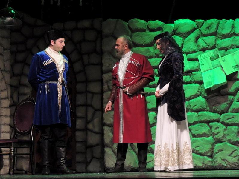 История любви «Али и Нино» впервые представлена на сцене Русской драмы