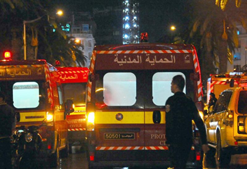В Тунисе поезд протаранил автобус: десятки раненых