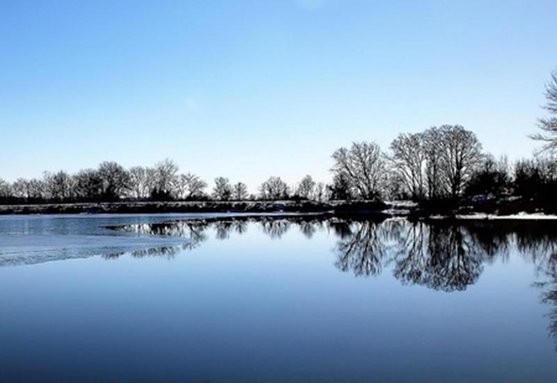 Это - Азербайджан: Ледяное зеркало озера Нохур