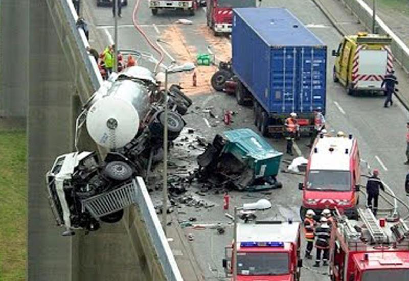 Самые жуткие автомобильные аварии, сняты на видеорегистратор
