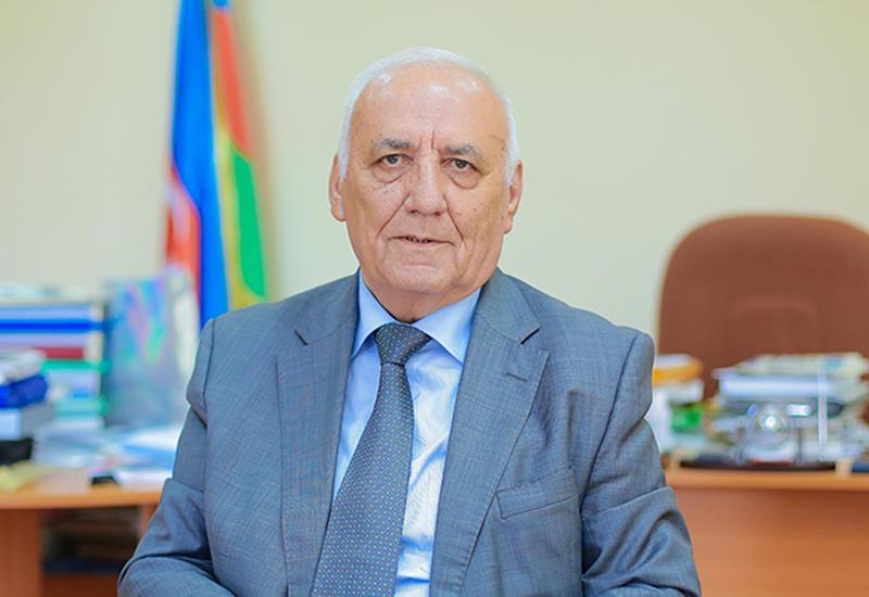 """Yaqub Mahmudov: """"Bu gün milli dəyərlərimizə sel kimi basqı var"""""""