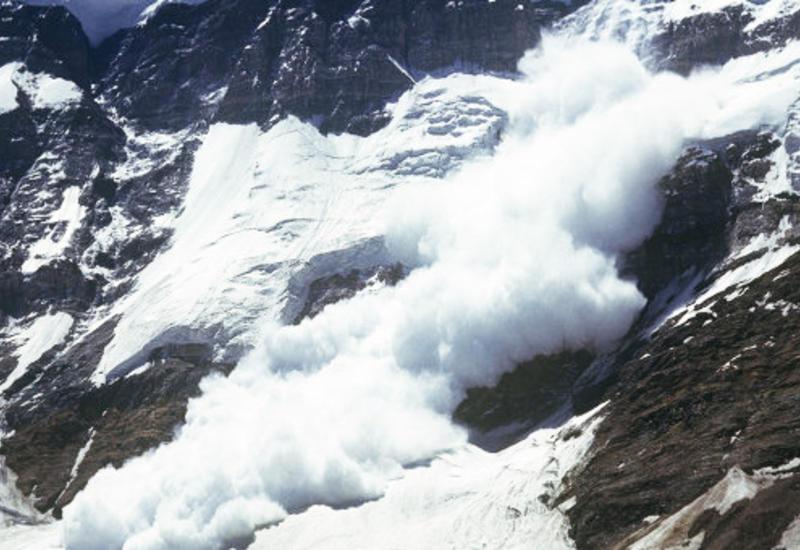 В России лавина сошла на лыжников