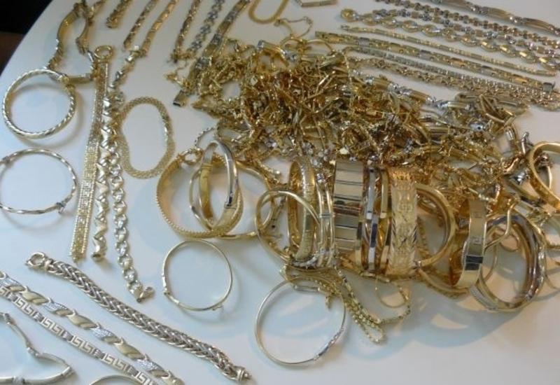 В Азербайджан пытались незаконно ввезти золото