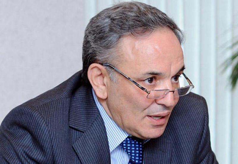 Афлатун Амашев: Квартиры будут выданы журналистам, определенным Администрацией Президента