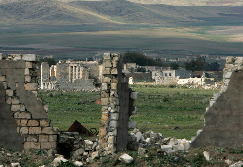 Армянское лобби Франции устроило очередную провокацию в оккупированном Карабахе