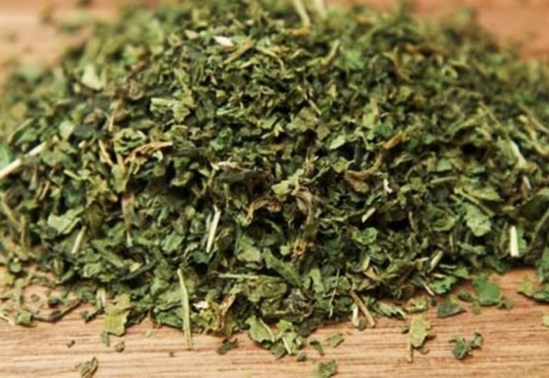 Лекарство от 25 болезней: чай с одной из самых мощных трав
