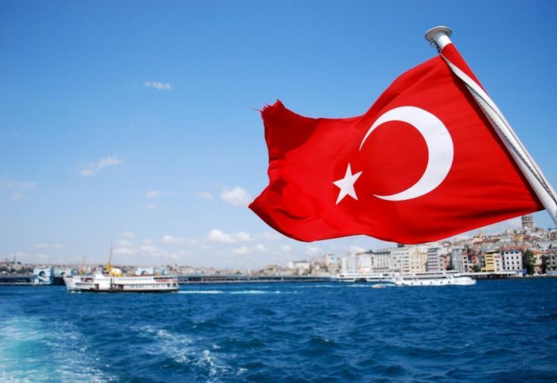 В Турции отстранили 227 судей и прокуроров