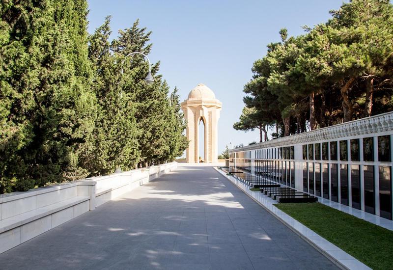 Госкомиссия обнаружила 179 могил неизвестных шехидов
