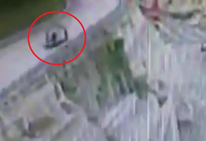 Камера сняла момент ужасной гибели мотоциклиста в ДТП на Тайване