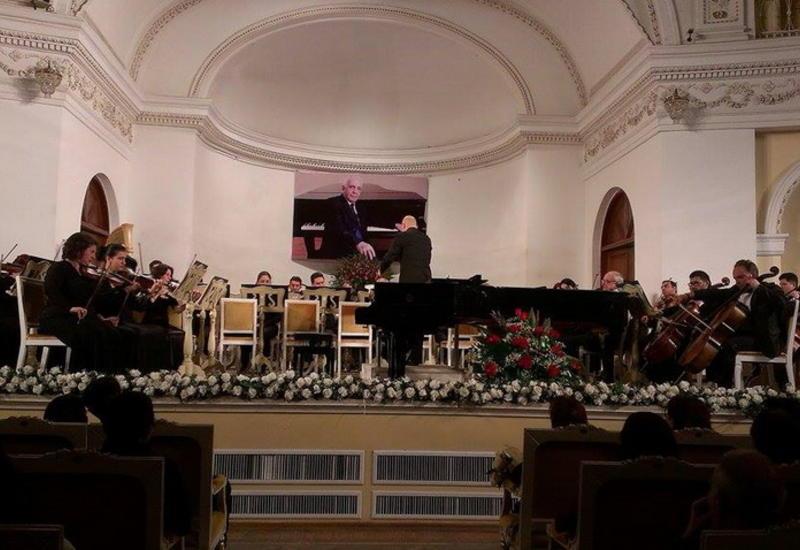 В Филармонии состоялся грандиозный концерт, посвященный памяти Огтая Аббасгулиева