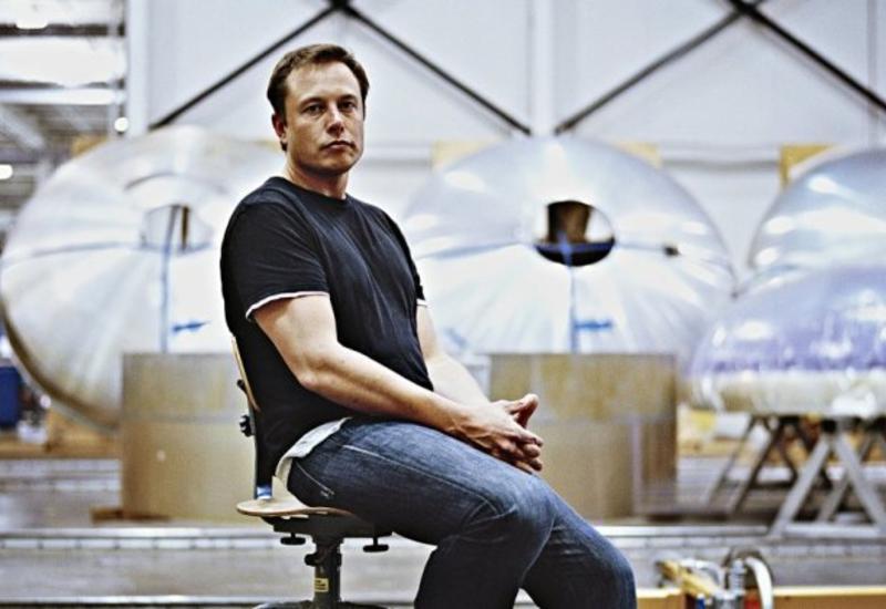 Илон Маск потерял за сутки почти 14 миллиардов долларов