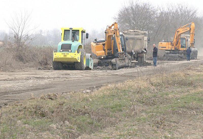 В Азербайджане ремонтируется магистральная дорога