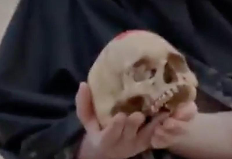 Ведущий CNN съел на съёмках в Индии кусок человеческого мозга