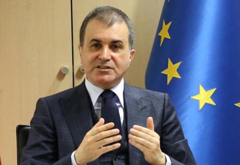 Турецкий министр пригрозил Нидерландам санкциями
