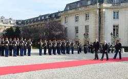 Президент Ильхам Алиев встретился с председателем Нацассамблеи Французской Республики
