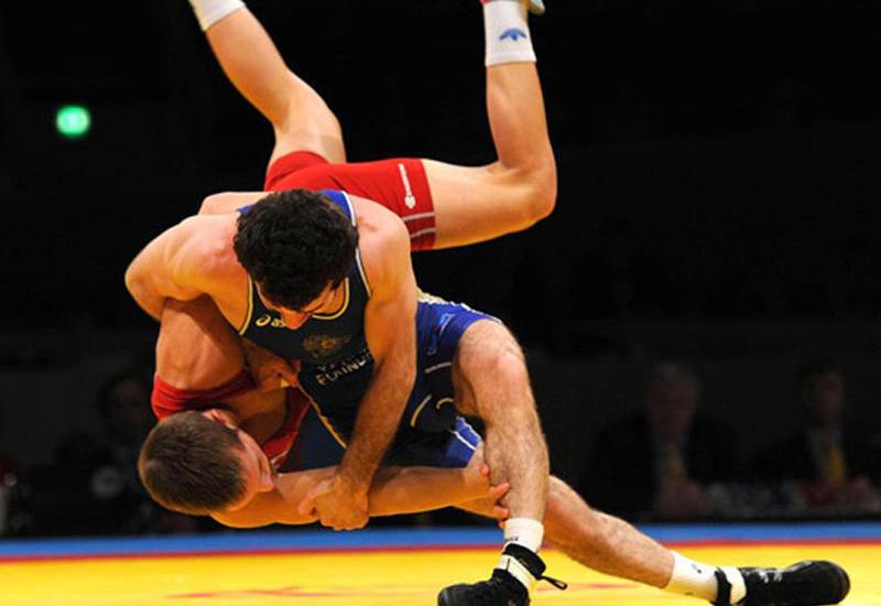 Азербайджан заявил 15 борцов на российский турнир