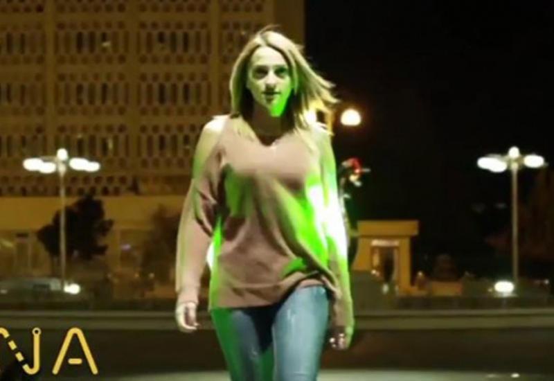 """Пешеходов в Баку просят не превращать """"зебру"""" в подиум"""