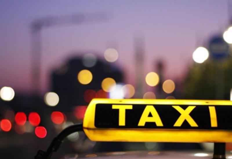 В России пьяная женщина забыла ребенка в такси