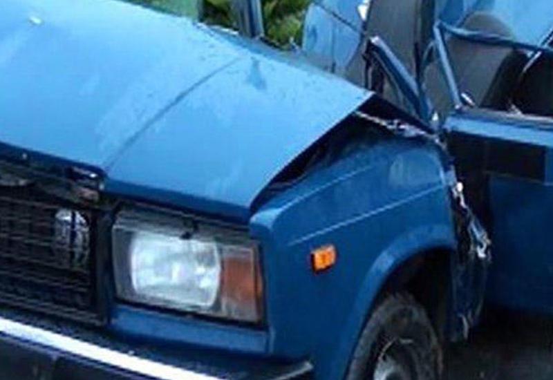 В Шамкире столкнулись два ВАЗа, есть пострадавшие