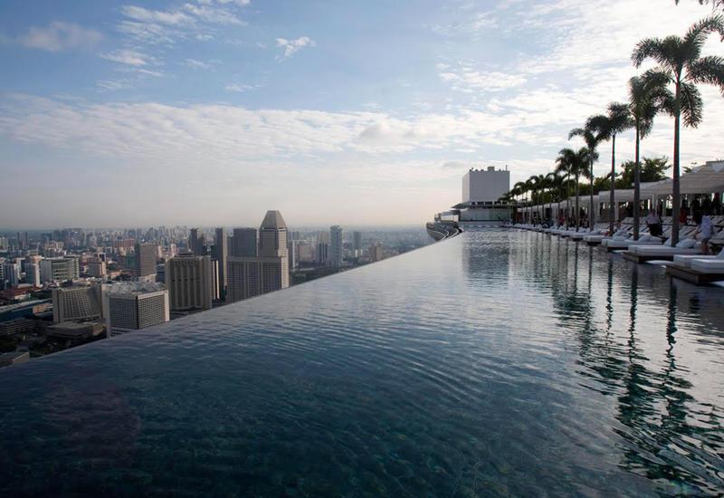 7 самых необычных бассейнов в мире