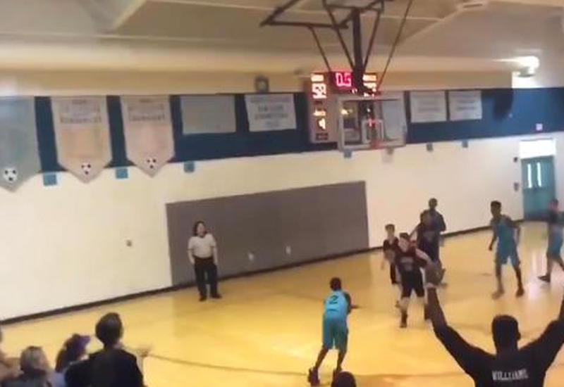 В США 13-летний баскетболист без рук играет наравне с другими членами команды