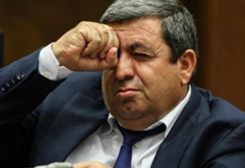 В Армении увезли в неизвестном направлении всех братьев олигарха Шмайса