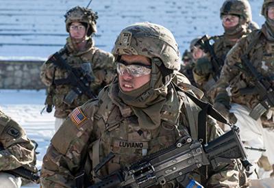 Учения в Латвии, пострадали американские военные