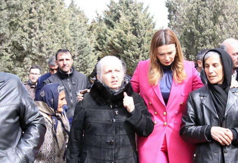 В Баку почтили память разведчиков, подорвавших себя, чтобы не попасть в плен к армянам
