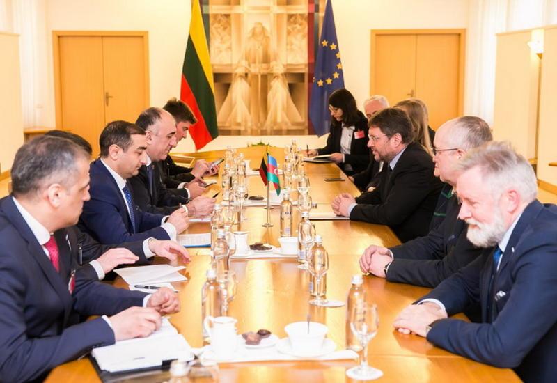 Азербайджан и Литва будут развивать торгово-экономическое сотрудничество