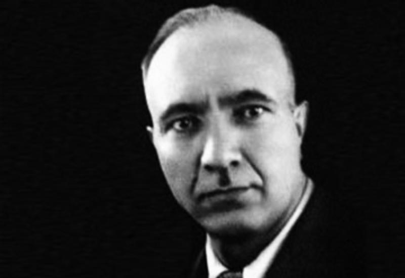 Сегодня выдающемуся писателю и ученому-литературоведу Мир Джалалу Пашаеву исполнилось бы 110 лет