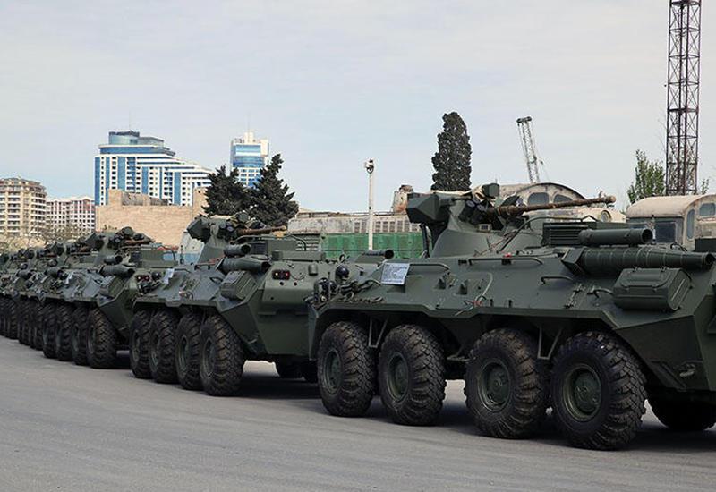 Россия поставила в Азербайджан новую партию современного оружия и военной техники