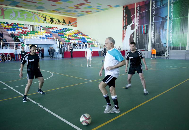 Футбольные битвы на шахматном турнире в Азербайджане: Интеллект или техника