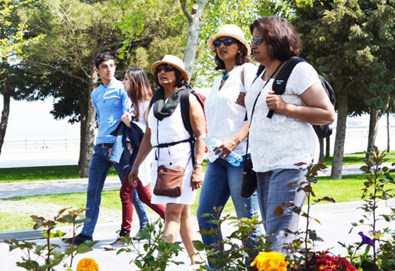 Количество туристов в Азербайджане резко возросло