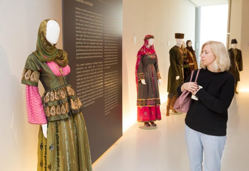 """Главред """"Marie Claire"""" посоветовала всем посетить Бакинский шопинг-фестиваль"""