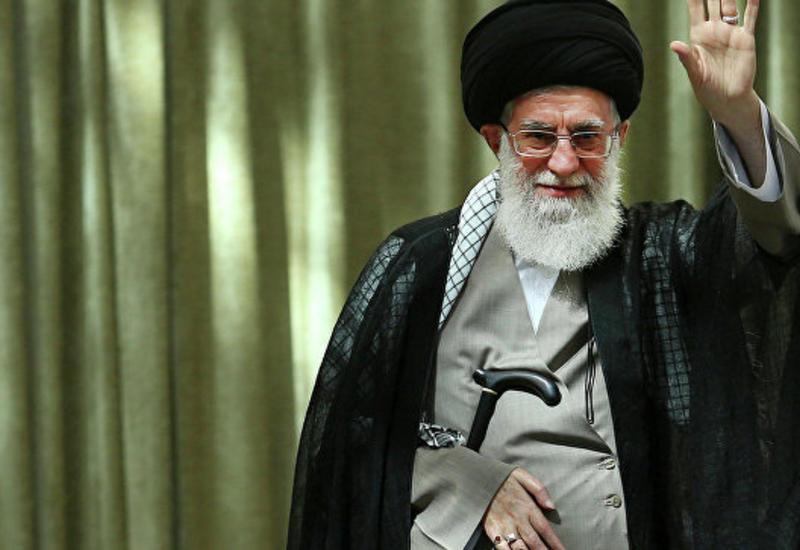 Аятолла Али Хаменеи раскритиковал президента Ирана Хасана Роухани