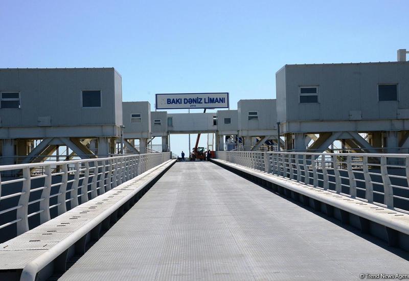 Бакинский торговый порт передан на баланс Минэкономики
