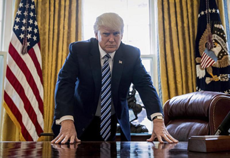 """Трамп потребовал от СМИ извинений за """"фейковые новости"""""""