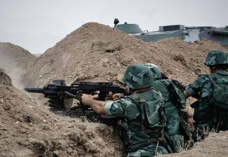 ВС Армении подвергли обстрелу позиции Азербайджана