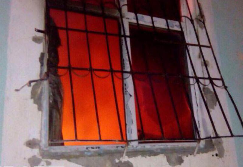 В Хырдалане воры обокрали и подожгли дом