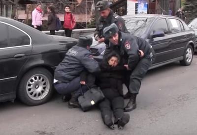 В Ереване предложили протащить по улице жену начальника полиции